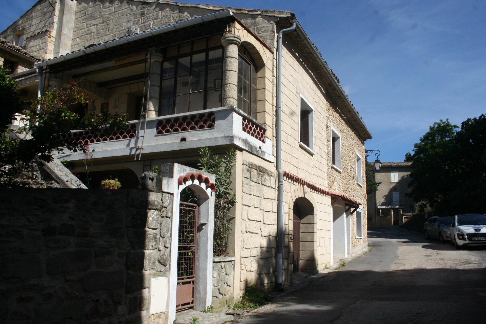 Vente vente maison village uzes proche for Acheter maison uzes